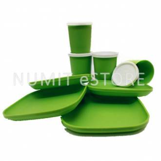 Tupperware Green 4 Plates 4 cups For Kids