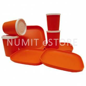 Tupperware Orange 4 Plates 4 cups For Kids