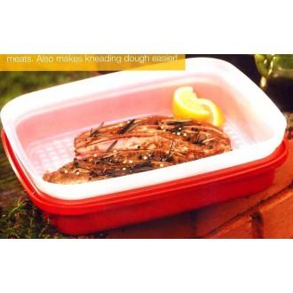 Tupperware Marinate Season Serve 1.9L Red