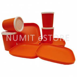 Tupperware Orange 4 Plates 4 cups For Kids